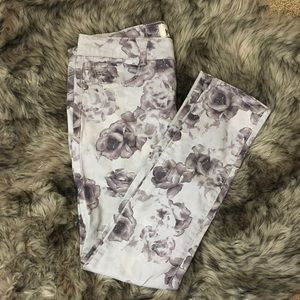 Grey rose pattern jeans